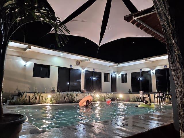 Habitación,wifi,piscina,Playa El Tunco a 10minutos
