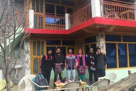 Tirthan Valley Luxmi Homestay