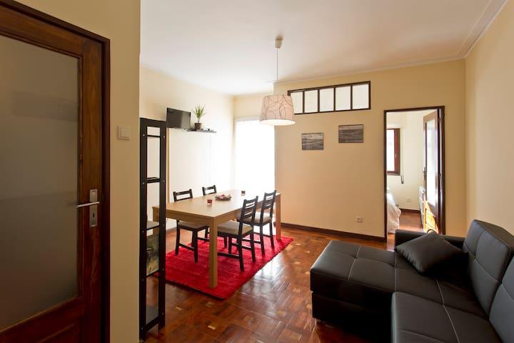 The Porto Concierge - Music Area