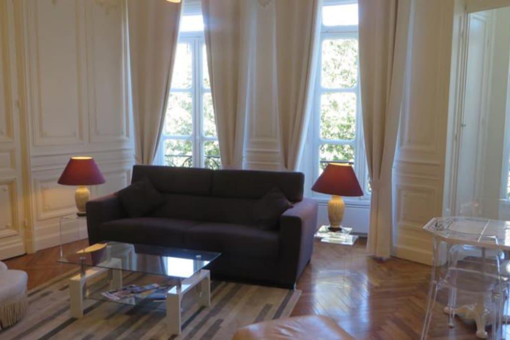 T1 quartier historique de bordeaux appartements louer for Appartement t1 bordeaux location