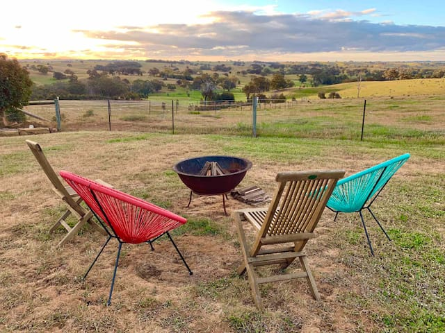 Outdoor fire pit. Although please note that fire ban days need to be observed in Heathcote Region.