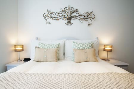 Cosy Couples Retreat - Newquay Town Center