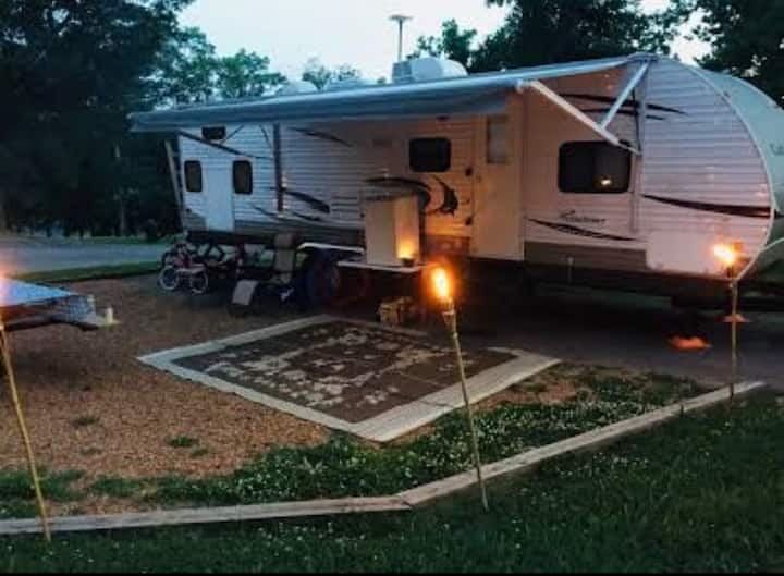Nice clean camper for rent