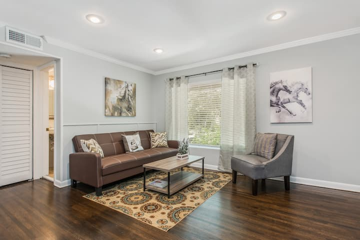 Awesome Midtown Location by Piedmont Park