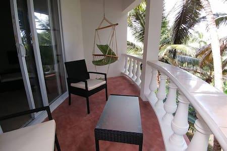 Sunset Suite, Chez Mango Villa - Salem - Gästehaus