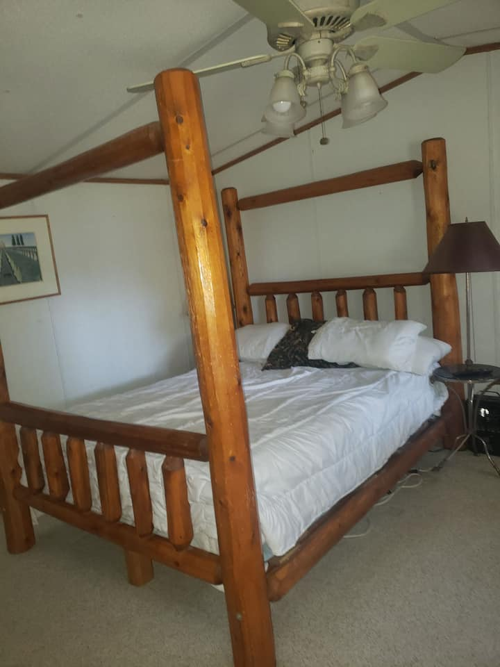 Master bedroom, quiet ranch