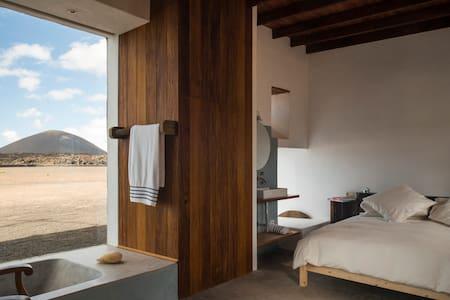 0002 Suite Oeste - Buenavista Lanzarote