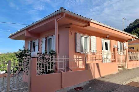 Beautiful Villa in Mountainous Lefkada