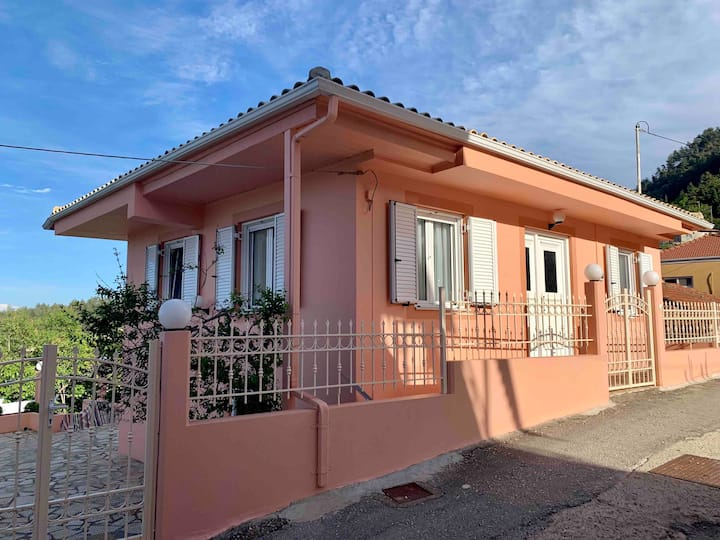 Beautiful Villa in Mountainous Lefkada