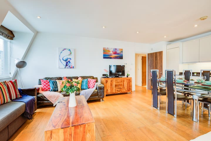 24%Off! Amazing 3BR!Vauxhall!Penthouse!11 persons!