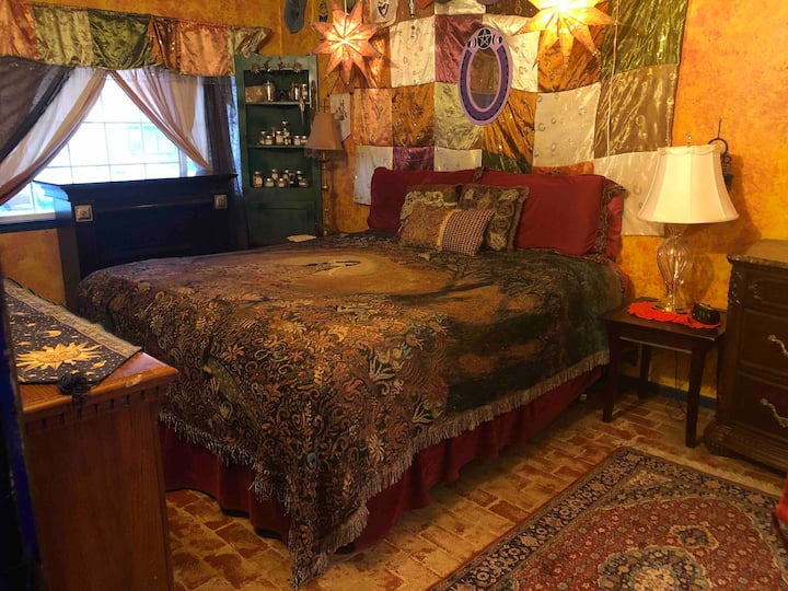 Mistress Robin's Master Bedroom and Bath Suite