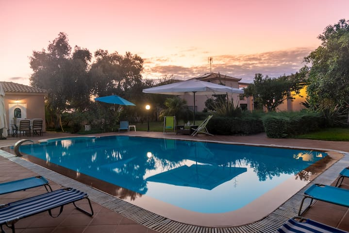 Dreamed villas for unique holidays in Greece!