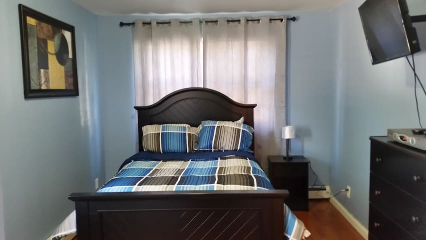 The Grand Suite  10 mins to JFK - Jamaica, Queens - Apartment
