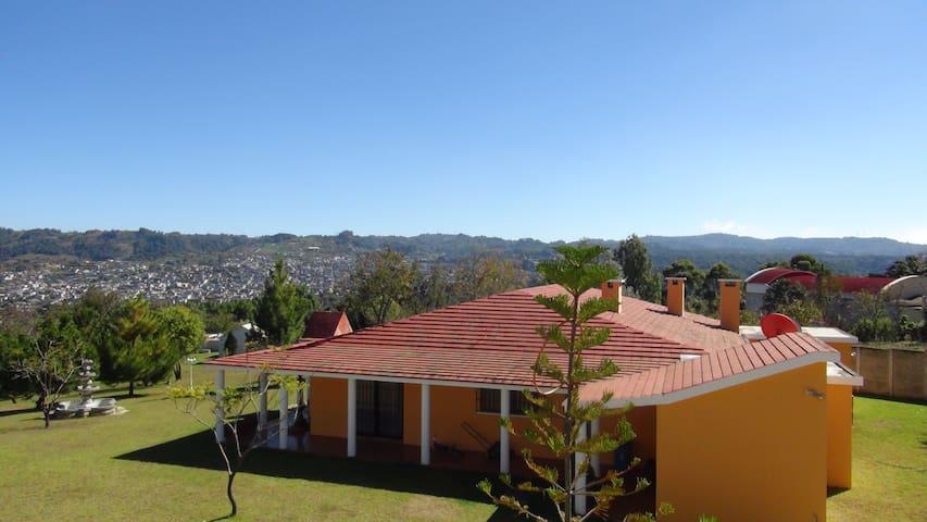 Villa Familiar - กัวเตมาลา - บ้าน