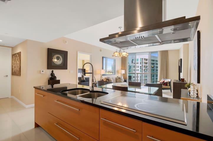 Prestigious Icon/W Brickell [38th floor]