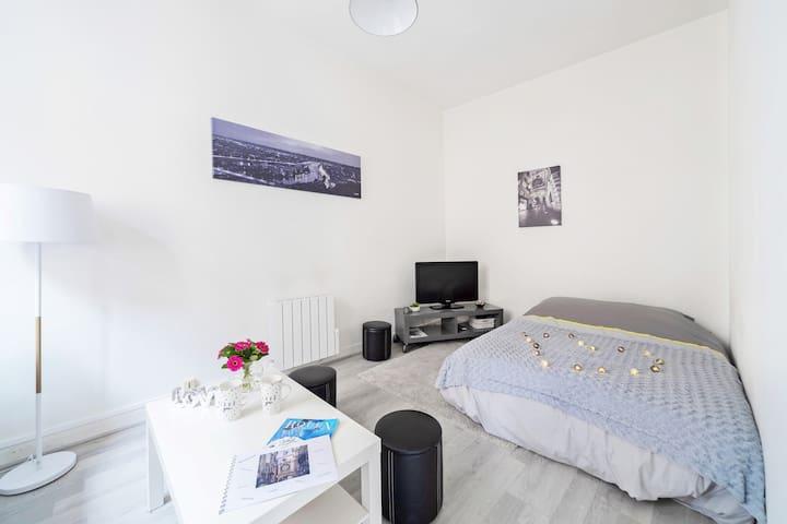 Cozy Home ,centre  de Rouen  near Free Parking