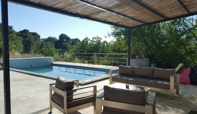 Ravissante maison avec piscine - Le Castellet - Casa