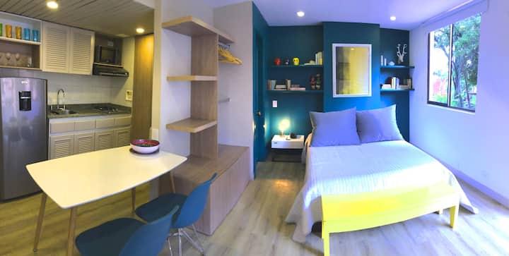 Cozy and Modern Studio. Parque Lleras nearby