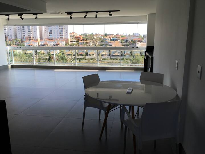 Brand new apartment - next to a mall - n1 room