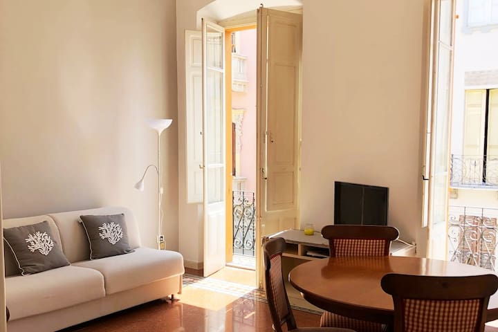 Elegant apartment in the center of Cagliari