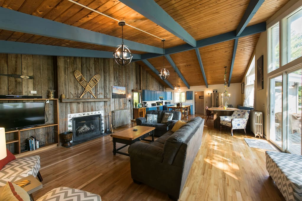 Great Room with Expansive space and great natural light and a 50'' wall mounted HDTV