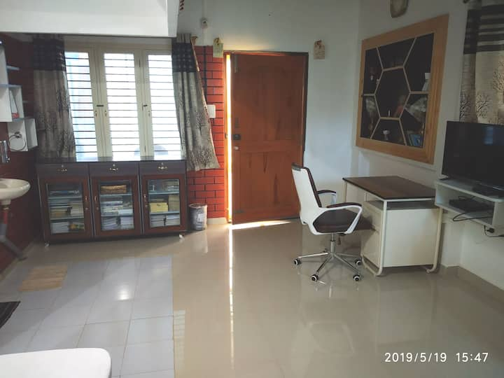 1BHK cozy home with private balcony and free WIFI