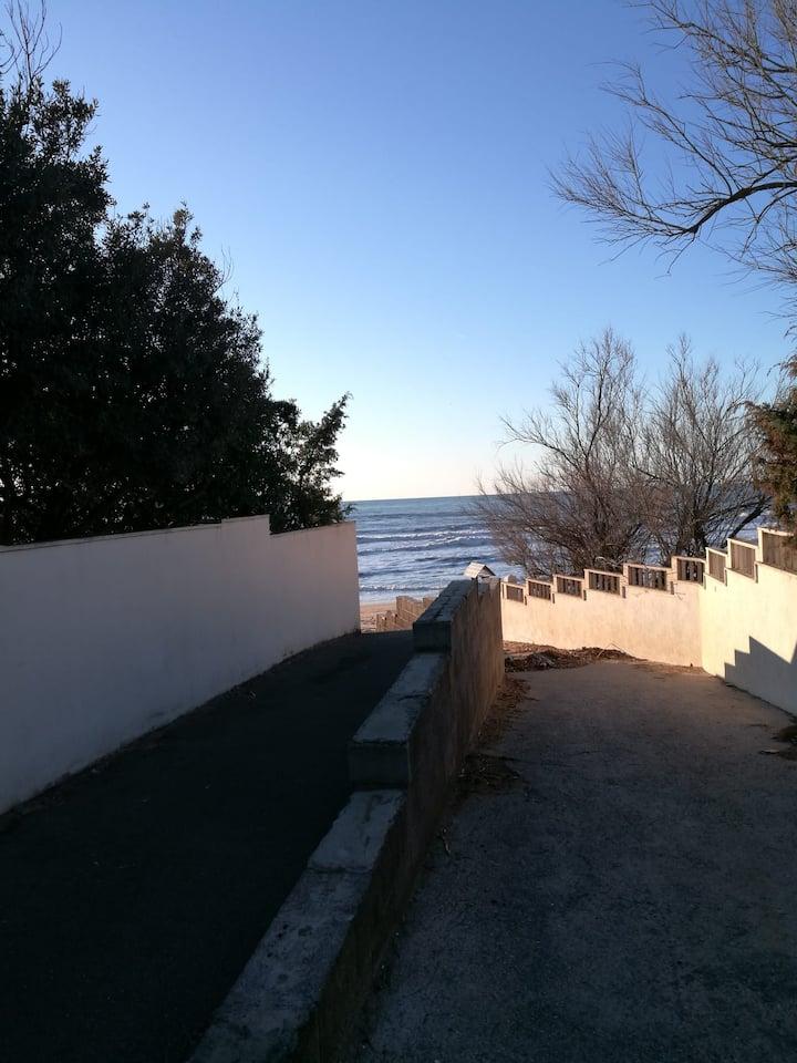 Bilocale a 20 metri dal mare - San Vincenzo