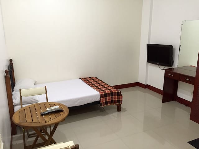 Semi-furnished Studio 922 in Kalibo - Kalibo - Apartemen