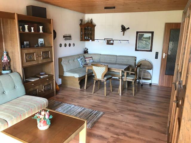 Schöne 2 1/2 Zimmer Ferienwohnung in Oberstaufen