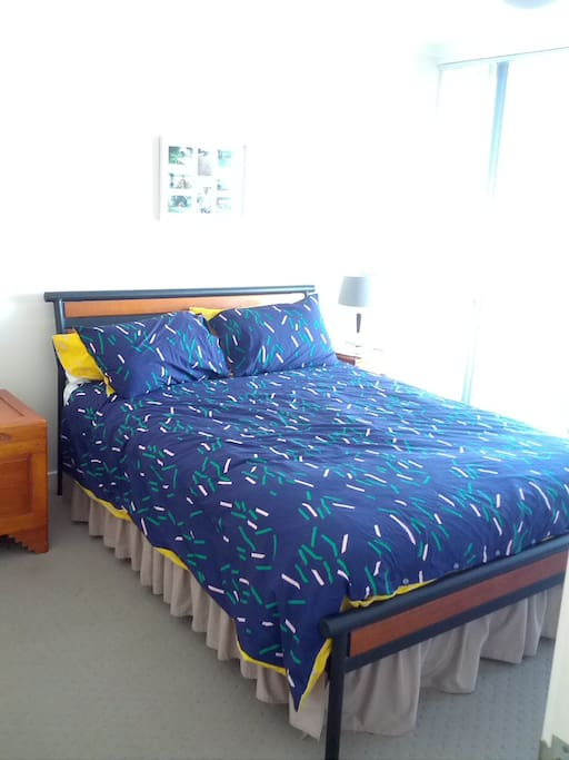 Double room with Queen bed and Ensuite