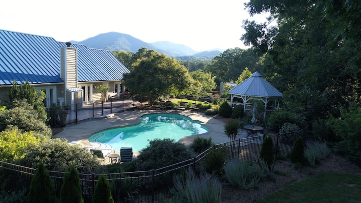 Free Night Special-Asheville Mountains-Hot Tub-SH!