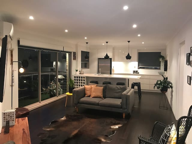 Immaculate South Cronulla Apartment