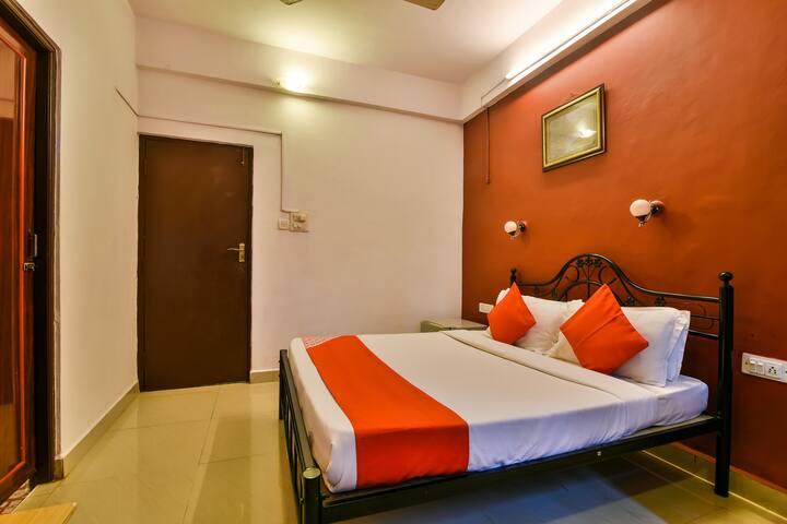OYO-Deluxe  Elegant Stay Near Calangute, Goa