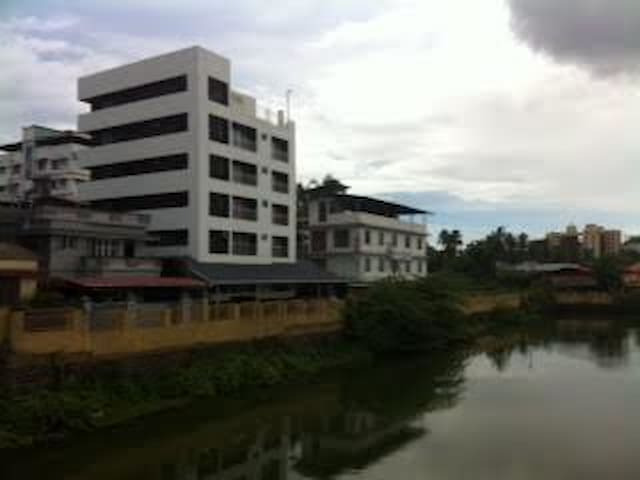 water front apartment in the heart of city - Thrissur - Pis