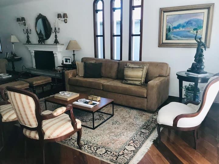 Casa linda e aconchegante para a família! (ANUAL)