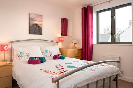 Quiet, sunny, friendly b&b - double room - Charlestown