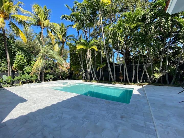 Miami River Villa