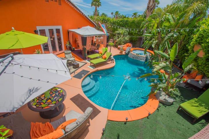 RanDaryl's Private Resort in the Desert