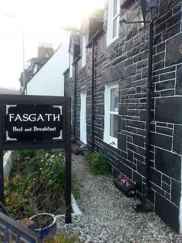 Fasgath Bed & Breakfast - Kyle of Lochalsh