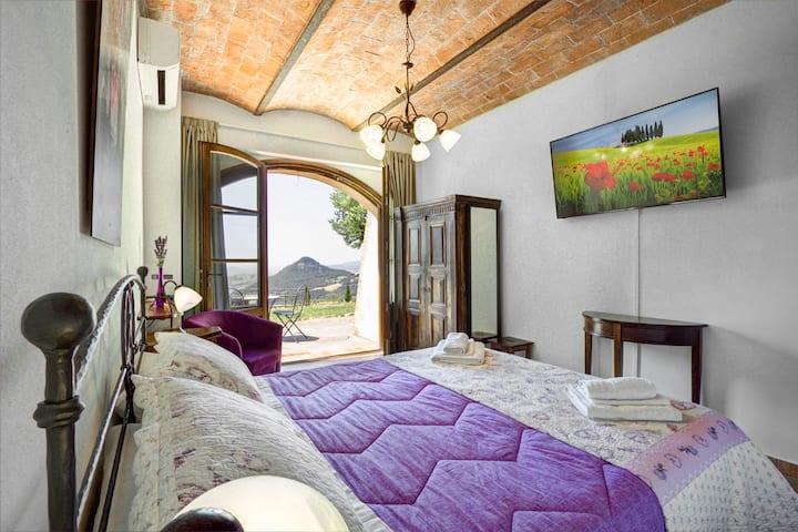 La Voltraia, Chambre avec vue sur les collines
