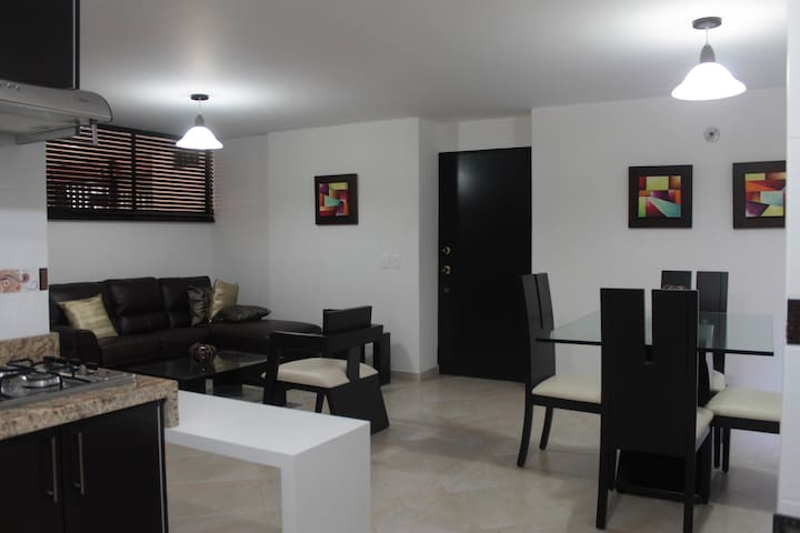 APARTAMENTO:   EXCELENTE PARA TURISMO O NEGOCIOS - Cali - Apartment