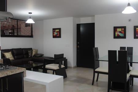 APARTAMENTO:   EXCELENTE PARA TURISMO O NEGOCIOS - 卡利 - 公寓