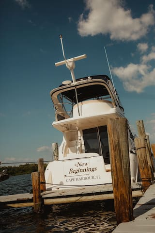 Clean, Comfortable, Affordable Yacht Naples, FL