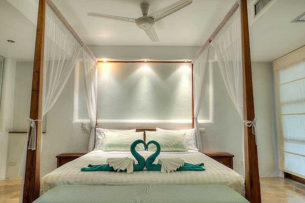 2 king size bedrooms, air conditioned, both with on-suite bathrooms.