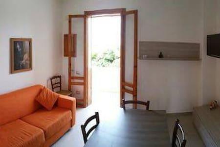 SEA HOLIDAY HOUSE IN SALENTO - San Foca - 独立屋