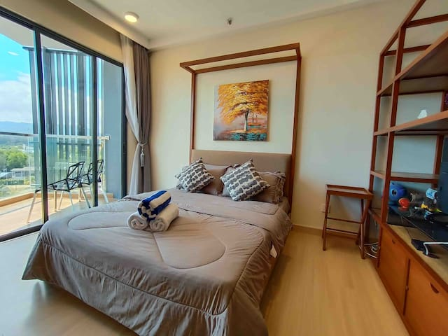 Seaview Seafront Residence Sofia SuiteTimurbay