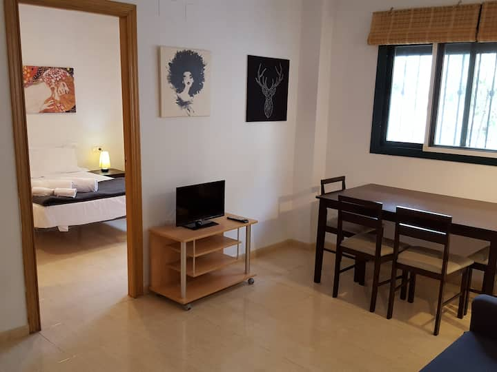 Charming apartment only 15min away from the center