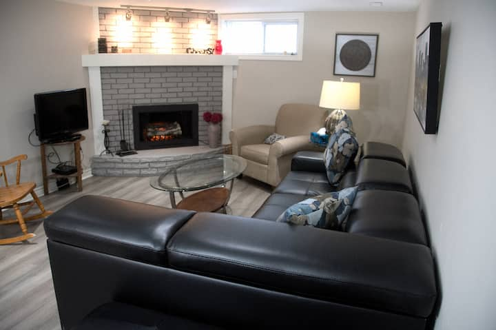 Newly renovated quiet comfortable. Close to PRHC