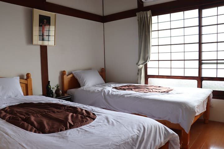 Traditional Japanese house / 2beds / Private room