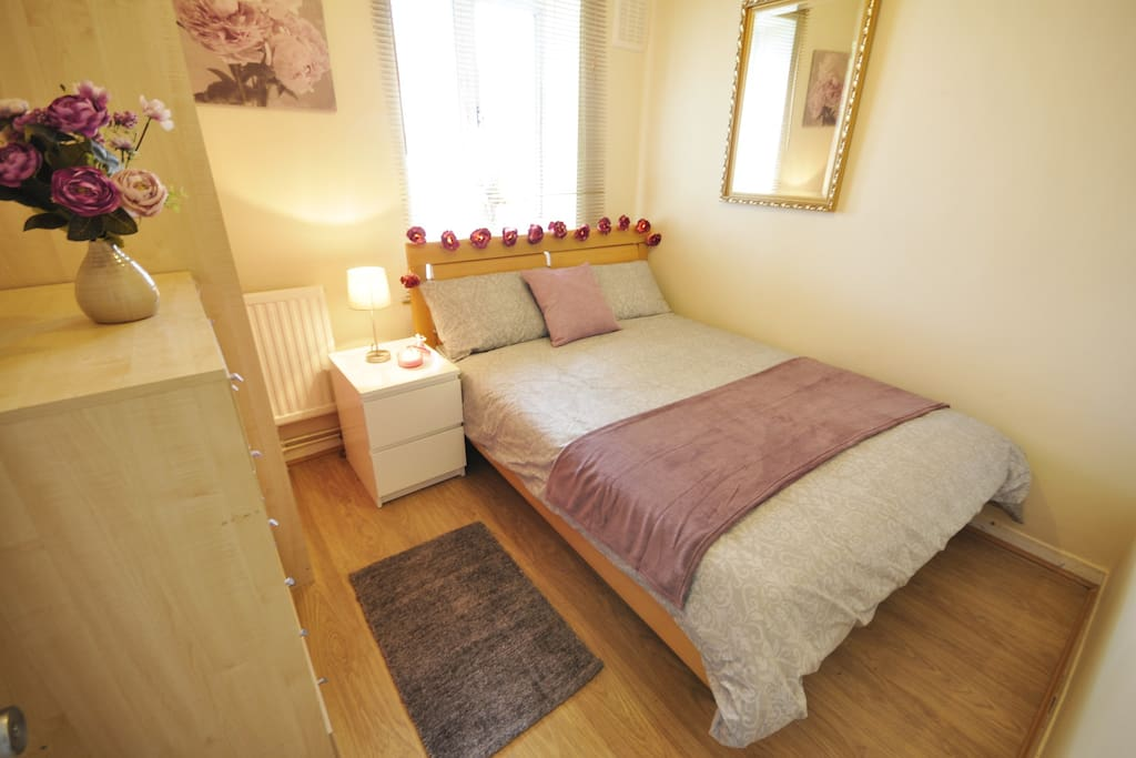 Room To Rent Mile End